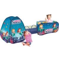 Brinquedos e barracas para quarto infantil
